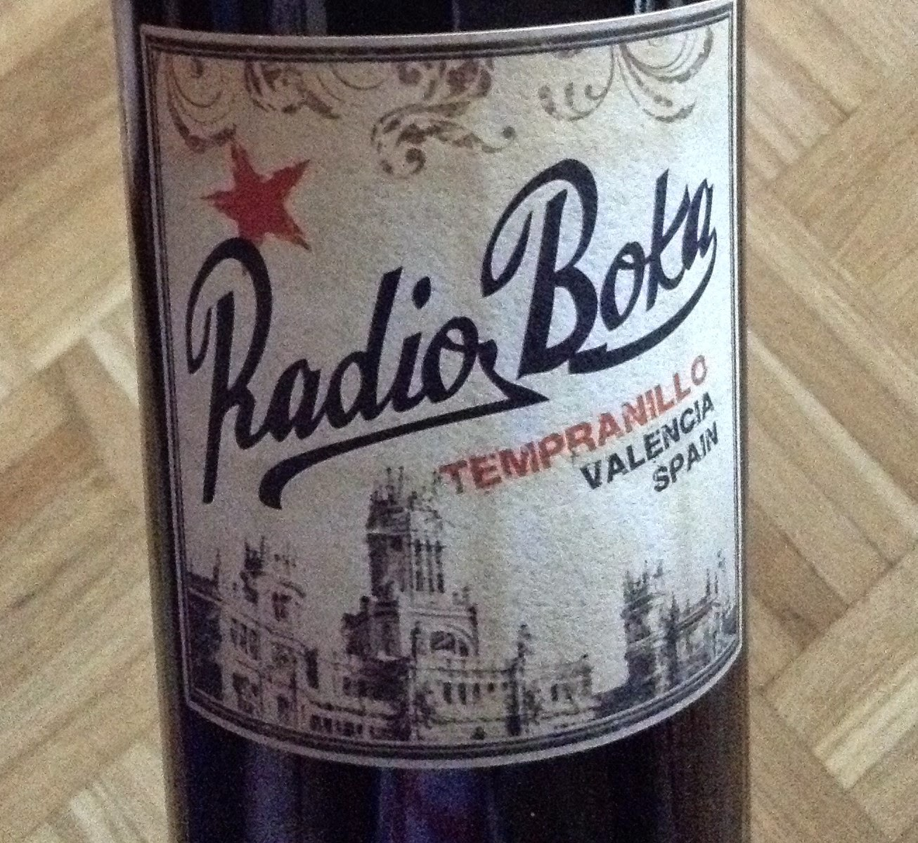 Radio Boka Tempranillo wine from Valencia, Spain
