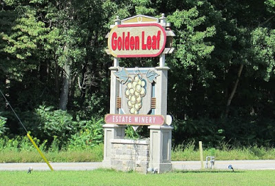 Golden Leaf Winery in Ontario