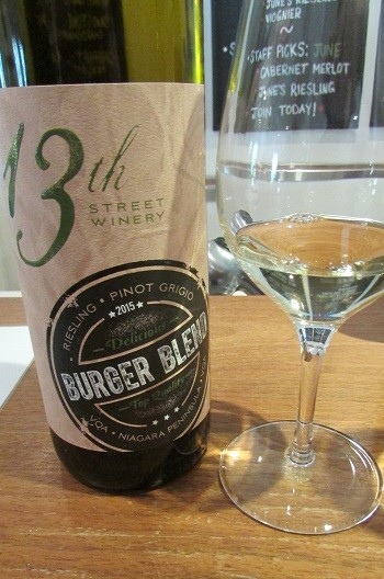 13th Street Winery White Burger Blend wine