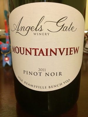 Angel's Gate Estate Winery 2011 Mountainview Pinot Noir